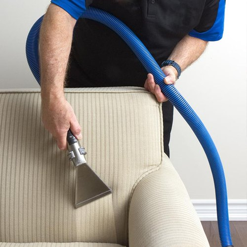 upholstery cleaning in Piqua, Ohio